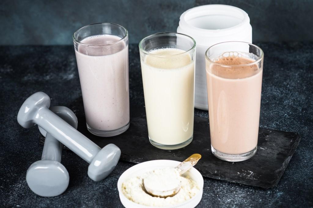 протеинови шейкове и добавки
